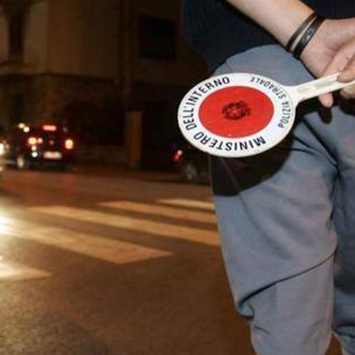 Salerno, non si fermano all'alt della polizia: arrestati due ucraini