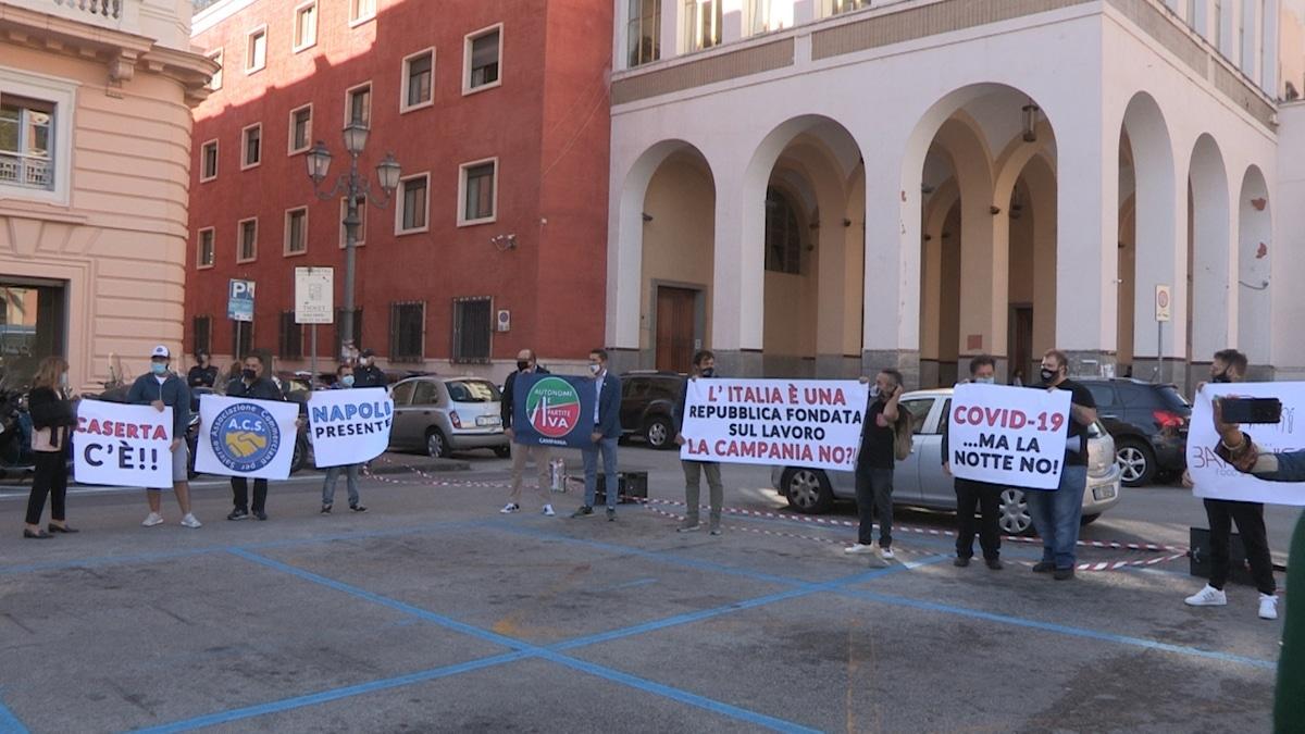 Occhi Su Salerno Noi Capro Espiatorio Del Contagio Da Covid Gestori Dei Locali Protestano Alla Prefettura Di Salerno